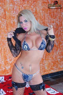 Brazilian transsexual bombshell Mel Gaucho